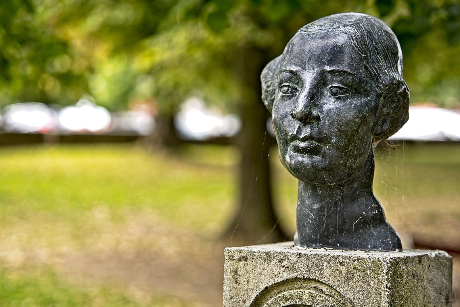 Statue Dora Pejacevic